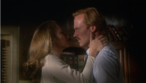 body-heat-1981-kathleen-turner-william-hurt-pic-3.jpg