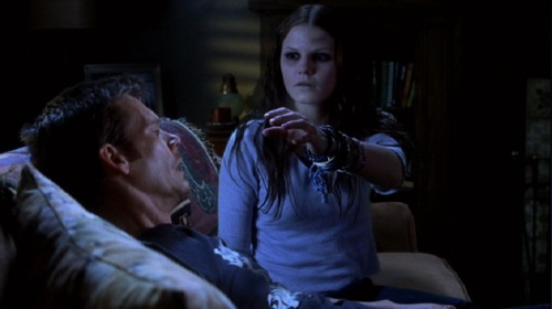 stir-of-echoes-1999-kevin-bacon-jennifer-morrison-pic-3.jpg