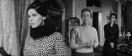 Haunting 1963 Claire Bloom Julie Harris Rosalie Crutchley