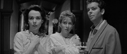 Haunting 1963 Claire Bloom Julie Harris Russ Tamblyn