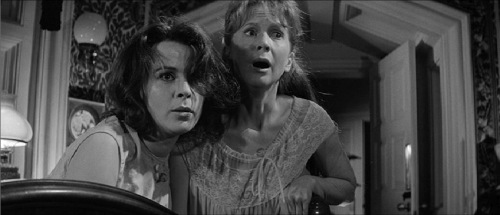 Haunting 1963 Claire Bloom Julie Harris